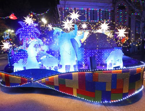 3 Reasons to Spend a Special Smoky Mountain Christmas at Dollywood