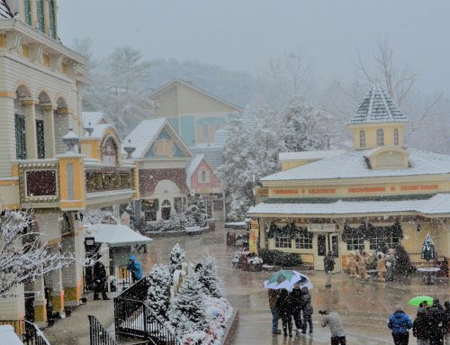 Insider Recommendations on What to Wear to Dollywood When It's Cold