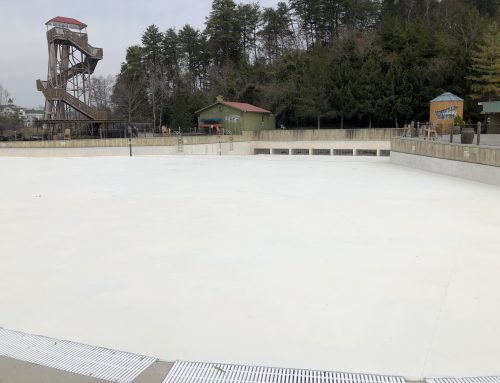 Off -Season Work at Dollywood's Splash Country