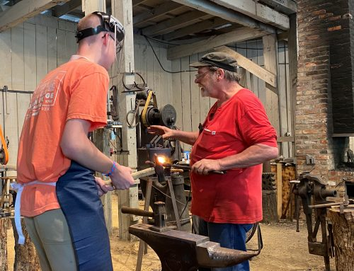Make Your Own Knife at Dollywood